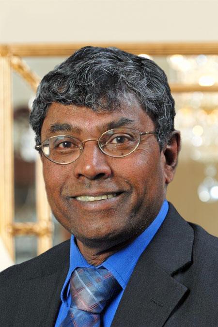 Portrait of Nithi Govindasamy